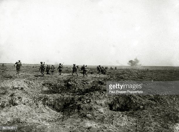 War and Conflict World War I Battle of the Somme September 1916 British troops of the Liverpool Rifles going up to attack Ginchy during the bloody...