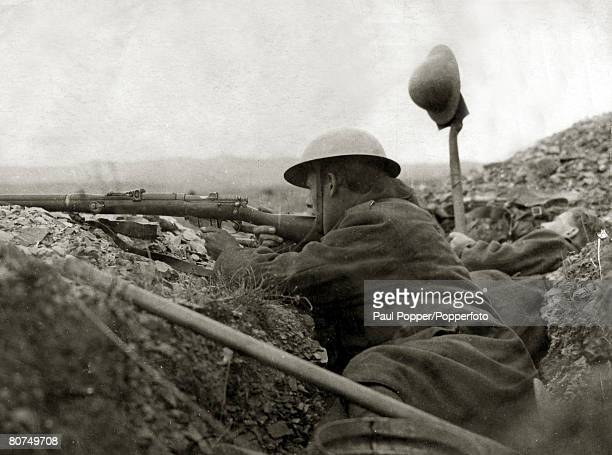 War and Conflict, World War I, Greece, A British soldier takes aim as a colleague tries to draw fire from a Bulgarian position at Salonika