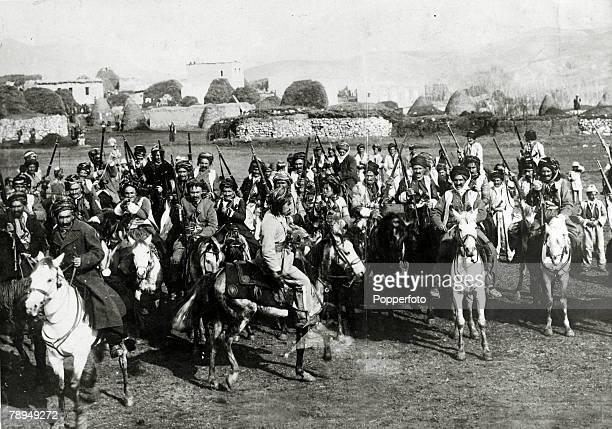 War and Conflict World War I Hardened Turkish cavalry on the Asia Minor frontier