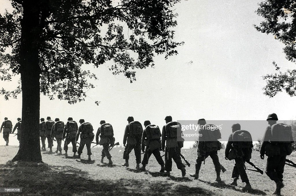 War and Conflict, World War II, Germany invades Poland, pic: September 1939, Polish infantry troops moving to the front in single file to meet the German invaders