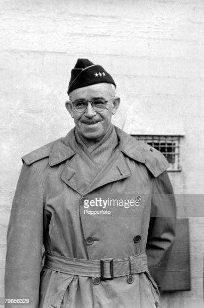 War and Conflict World War II Personalities pic 17th January 1944 US General Omar Bradley Chief of Staff to the United States Army pictured in London