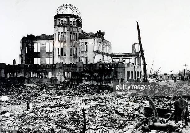 Men who flew the mighty atoms of destruction Washington DC Shown here are the men who flew in the planes which carried the dread atom bombs in...