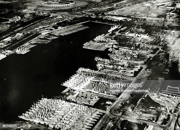 October 1940 An aerial view of over age US Navy destroyers in the Philadelphia dockyard 50 of which were transferred to Britain to bolster the Royal...