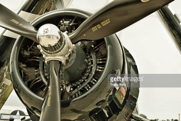 war bird propeller - プロペラ ストックフォトと画像