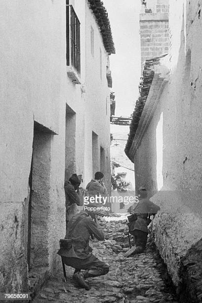 War Conflict Spain 18th September 1936 Government troops and soldiers attack rebels holding the Alcazar Fortress during the Spanish Civil War