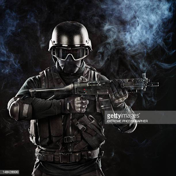 war hero - swat stock pictures, royalty-free photos & images