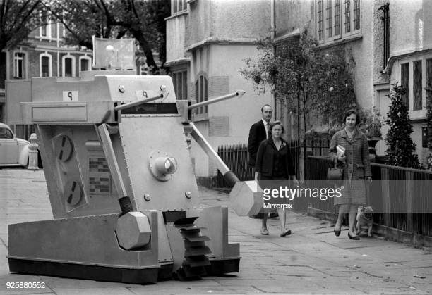 War Machines used by intelligent computer, WOTAN, in Doctor Who BBC TV Series, Episodes titled The War Machines. First aired 25th June 1966....