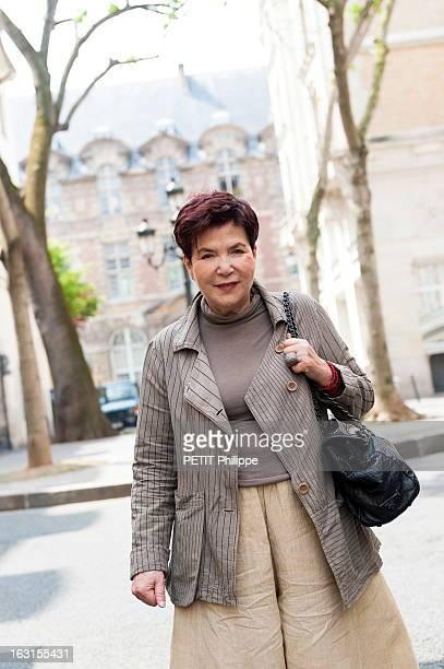 50 Years After Paris France 23 mai 2012 Leïla KADI créatrice de mode se promène dans Paris Elle était devenue mannequin à l'âge de 18 ans sous le nom...