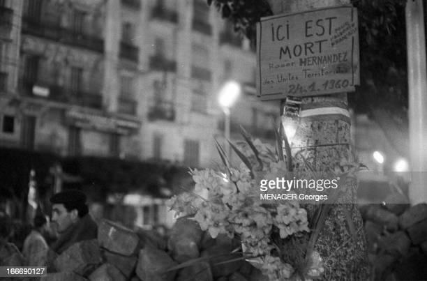 The Barricades Alger 4 janvier 2 février 1960 Les émeutes d'Alger barricade dressée par la population algérienne d'origine européenne et musulmane...