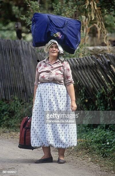 War of BosniaHerzegovina Bosnian woman avoiding her village Dobosnica September 1992