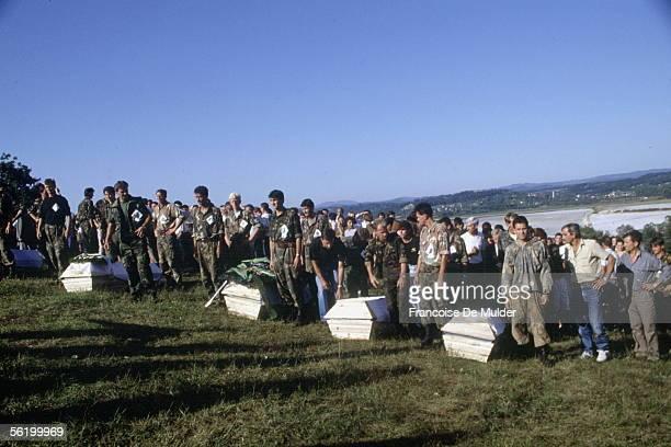 War of BosniaHerzegovina Funeral of Bosnian victims Modrac September 1992