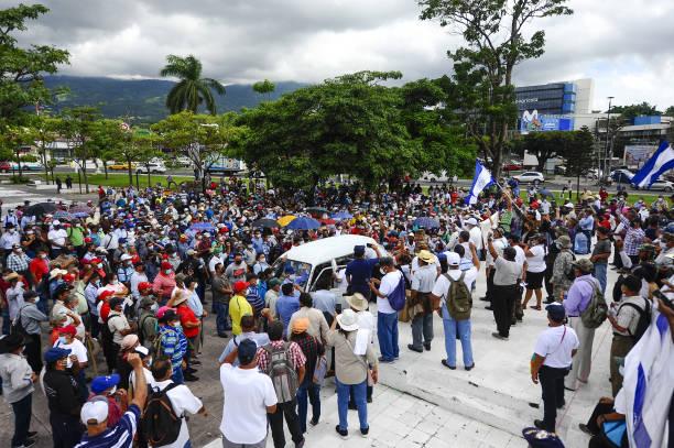 SLV: Salvadoran War Veterans Demand Better Benefits to Their Government