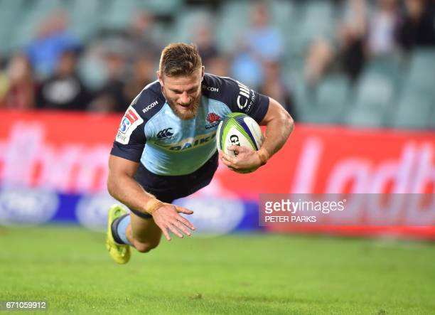 Waratahs Rob Horne scores a try against the Southern Kings during the Super15 rugby match between Waratahs and South Africa's Southern Kings at the...