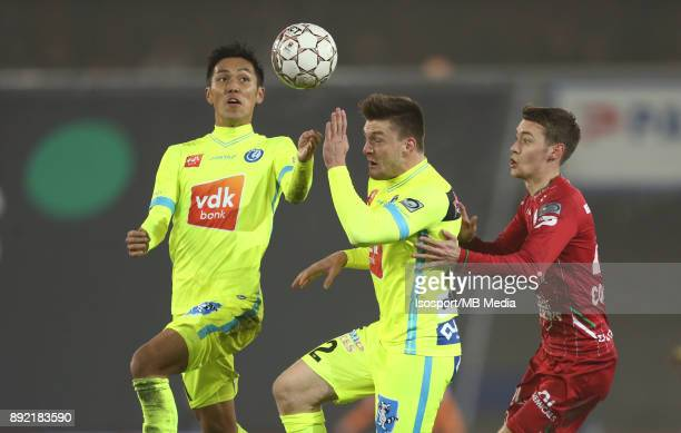 20171203 Waregem Belgium / Zulte Waregem v Kaa Gent / 'nYuya KUBO Thomas FOKET Julien DE SART'nFootball Jupiler Pro League 2017 2018 Matchday 17 /...