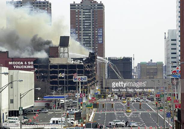Warehouse fire still keeps Holland Tunnel closed to traffic