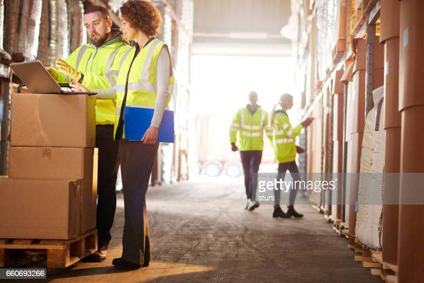 warehouse manager with supervisor