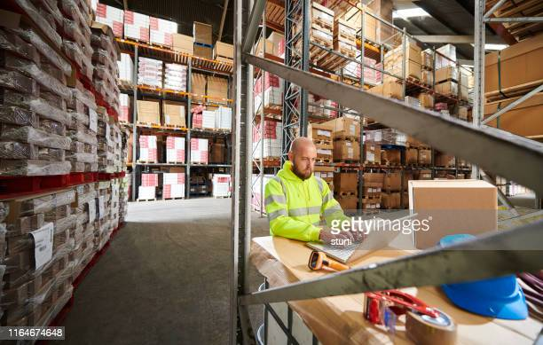 warehouse operative - loading dock stock pictures, royalty-free photos & images