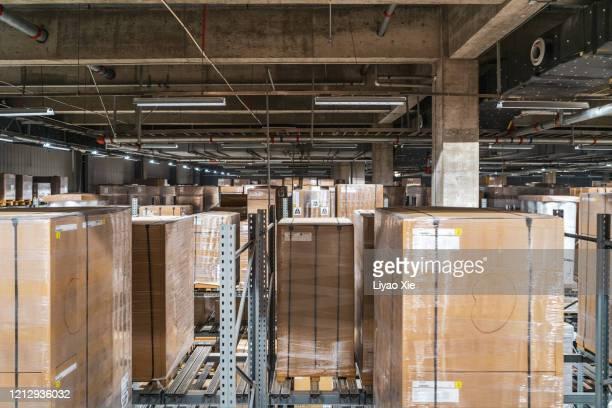 warehouse - liyao xie stockfoto's en -beelden