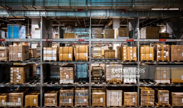 warehouse - 工業設備 ストックフォトと画像