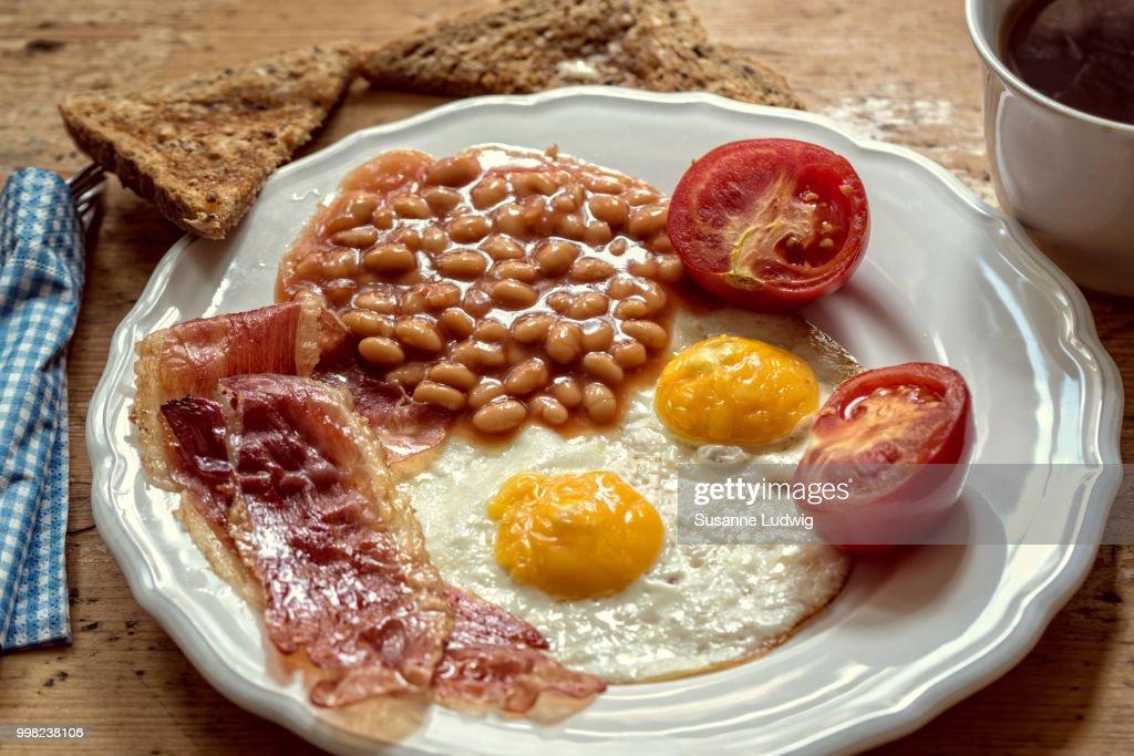 warm breakfast : Foto de stock