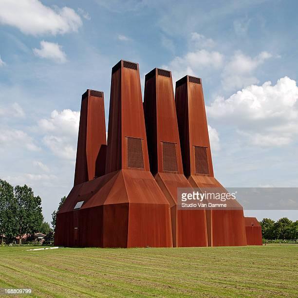 Warmtekrachtkoppelingcentrale by Zeinstra Van der Pol Architects, Uithof University Campus, Utrecht, The Netherlands.
