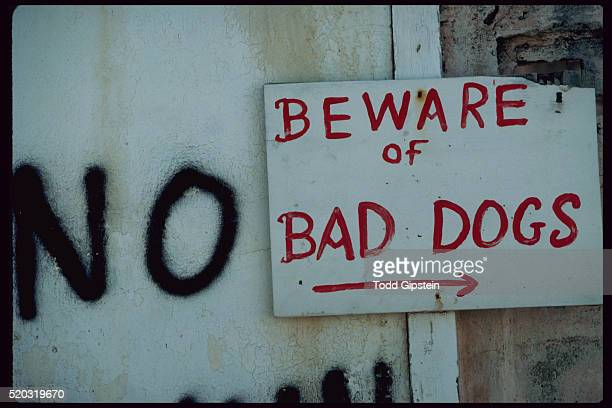 warning sign on st. martin - gipstein stock pictures, royalty-free photos & images