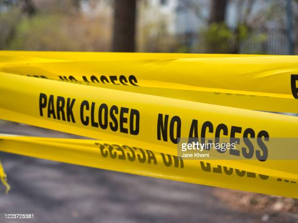 warning sign, park closed - toronto stock pictures, royalty-free photos & images