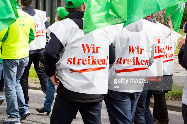 warning strike and demonstration for higher wages in public serv - striker stock pictures, royalty-free photos & images