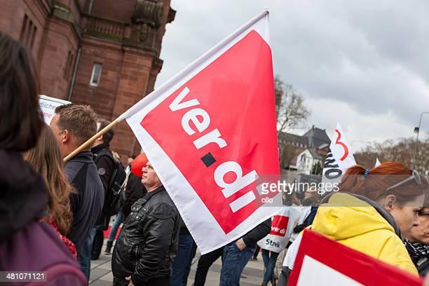 warnung strike und demonstration der deutschen gewerkschaften verdi, wi - gewerkschaft stock-fotos und bilder