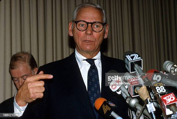 Warren Anderson is photographed at a press conference December 10 1984 at the Union Carbide Headquarters in Danbury Connecticut following Bhopal gas...