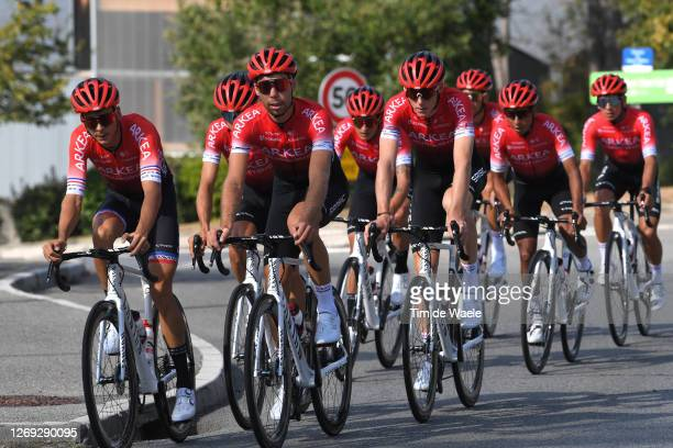 Warren Barguil of France, Clement Russo of France, Kevin Ledanois of France, Winner Andrew Anacona of Colombia, Nairo Quintana Rojas of Colombia and...