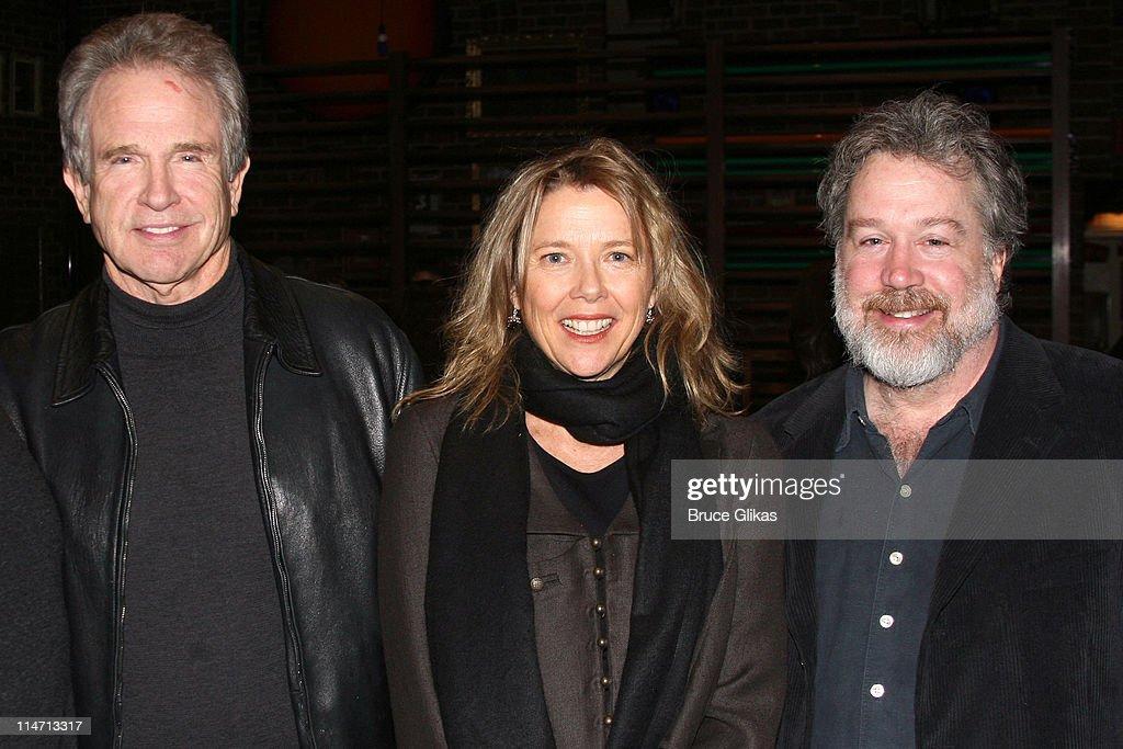 """Warren Beatty and Annette Bening visit """"Spring Awakening""""  - April 6, 2007"""