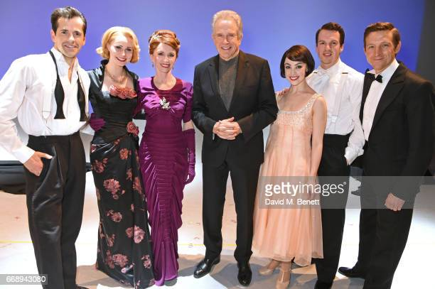Warren Beatty poses backstage with cast members Robert Fairchild Zoe Rainey Jane Asher Leanne Cope David SeadonYoung and Haydn Oakley of the West End...