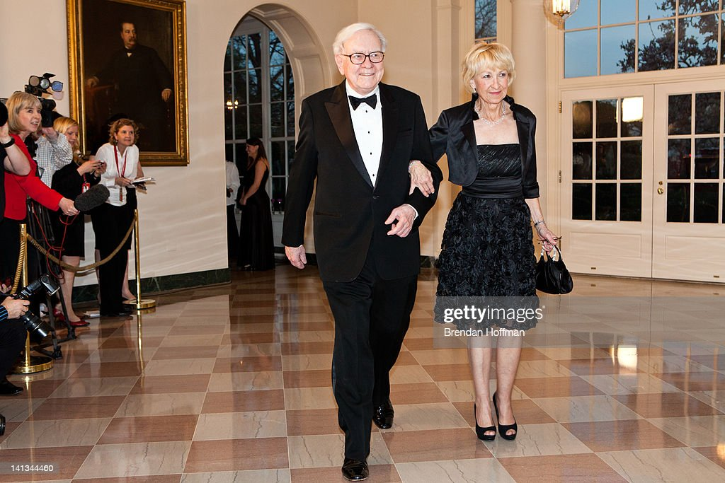 Guests Arrive For White House State Dinner For UK Prime Minister Cameron : News Photo