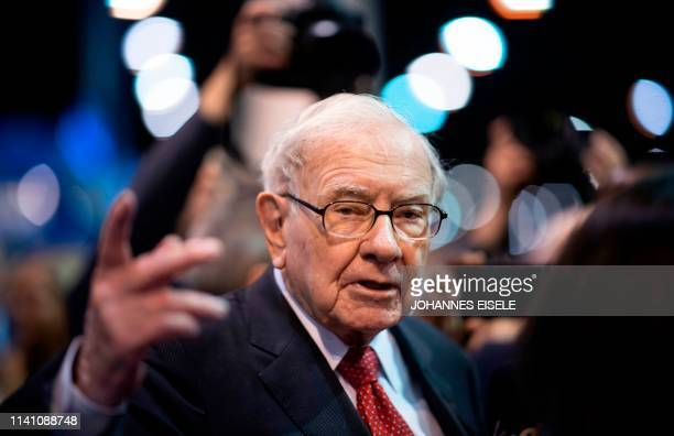 Warren Buffett, CEO of Berkshire Hathaway, speaks to the press as he arrives at the 2019 annual shareholders meeting in Omaha, Nebraska, May 4, 2019.