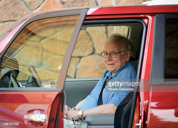 Warren Buffett chairman and CEO of Berkshire Hathaway arrives for the Allen Company Sun Valley Conference on July 10 2012 in Sun Valley Idaho Bill...