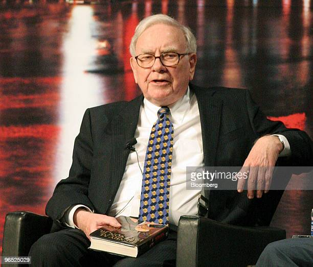 Warren Buffett chairman and chief executive officer of Berkshire Hathaway Inc speaks during a book promotion event with former US Treasury Secretary...
