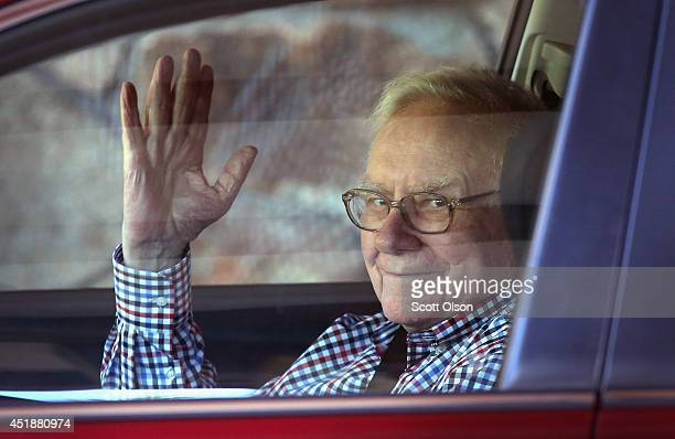 Warren Buffett chairman of Berkshire Hathaway Inc arrives for the Allen Company Sun Valley Conference on July 8 2014 in Sun Valley Idaho Many of the...