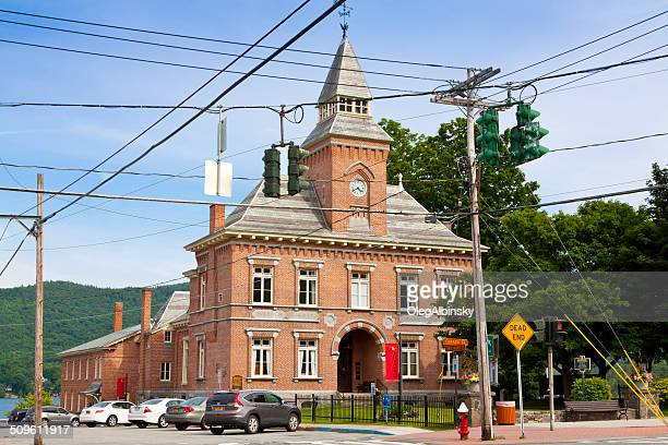 warren county court house, lake george village, ny. - lake george new york stock pictures, royalty-free photos & images