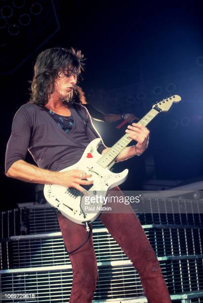 Warren DeMartini of RATT performs on stage at the Rosemont Horizon in Rosemont Illinois September 20 1985