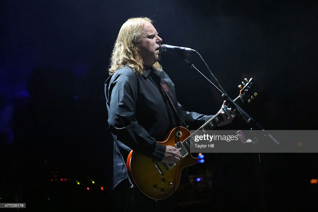 Warren Haynes of The Allman Brothers Band performs at Beacon Theatre on March 7, 2014 in New York City.