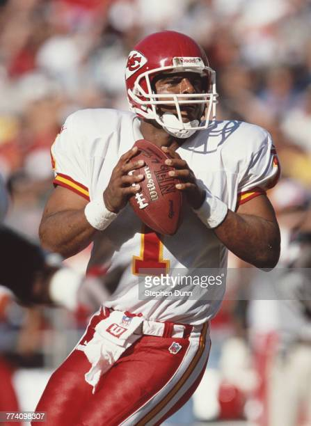 Warren Moon Quarterback for the Kansas City Chiefs during the American Football Conference West game against the San Diego Chargers on 26 November...