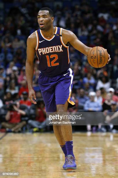 Warren of the Phoenix Suns drives with the ball during the first half against the New Orleans Pelicans at the Smoothie King Center on February 26...