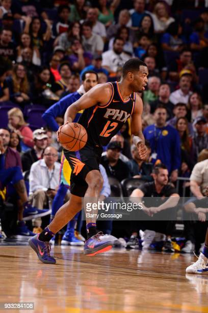 Warren of the Phoenix Suns handles the ball against the Golden State Warriors on March 17 2018 at Talking Stick Resort Arena in Phoenix Arizona NOTE...
