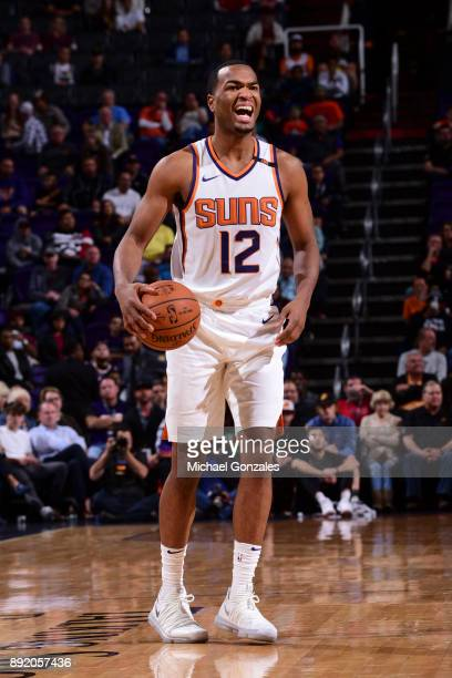 Warren of the Phoenix Suns handles the ball against the Toronto Raptors on December 13 2017 at Talking Stick Resort Arena in Phoenix Arizona NOTE TO...