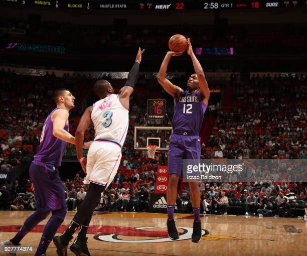 Warren of the Phoenix Suns shoots the ball against the Miami Heat on March 5 2018 at American Airlines Arena in Miami Florida NOTE TO USER User...