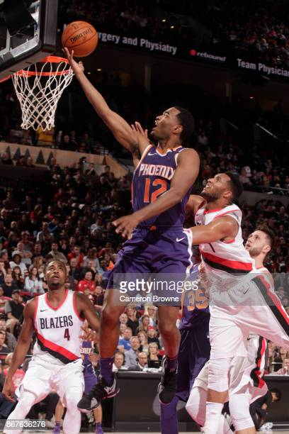 Warren of the Phoenix Suns shoots the ball against the Portland Trail Blazers on October 28 2017 at the Moda Center in Portland Oregon NOTE TO USER...