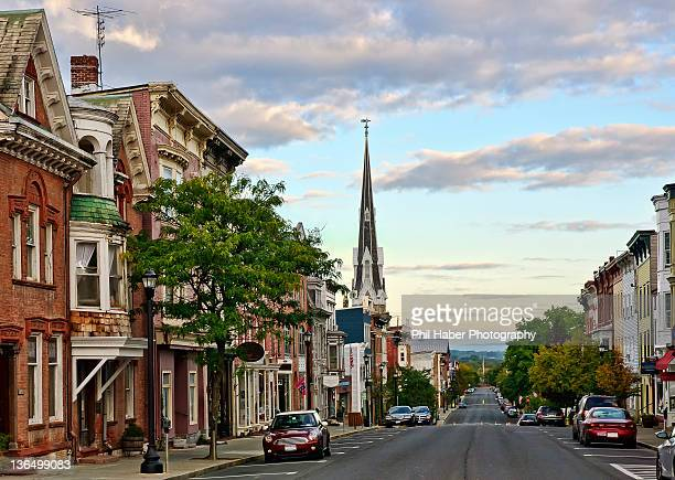 warren street at dawn in hudson, new york - phil haber stock pictures, royalty-free photos & images