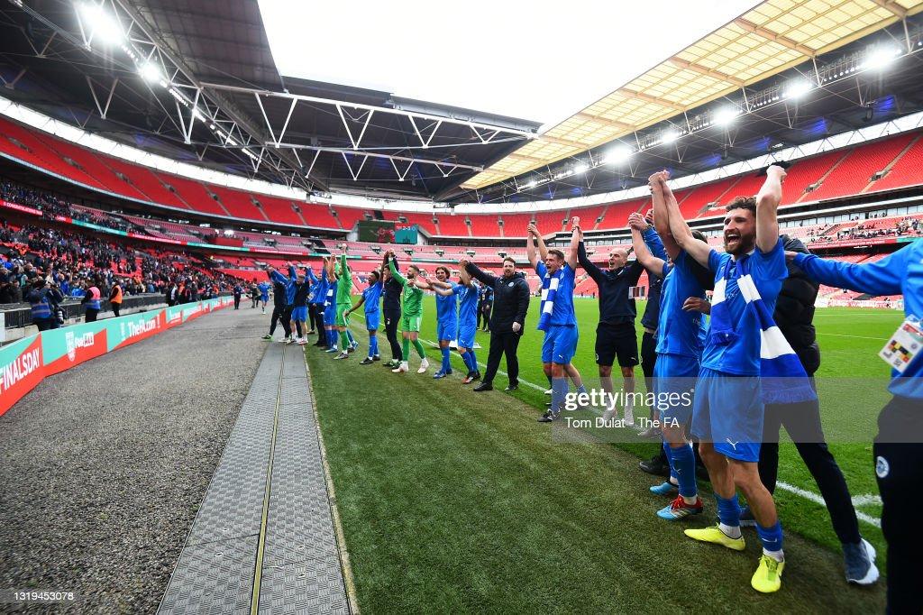 Binfield v Warrington Rylands - The FA Vase Final : News Photo