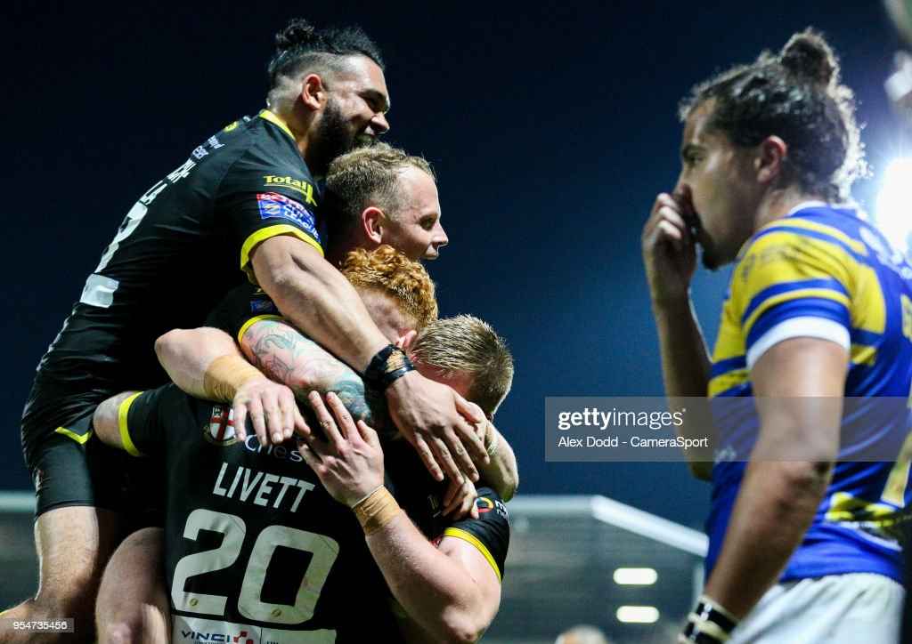 Leeds Rhinos v Warrington Wolves - Betfred Super League : News Photo